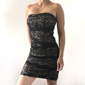 🔥 BeBe Women's Strapless Lace Mini Dress 🔥